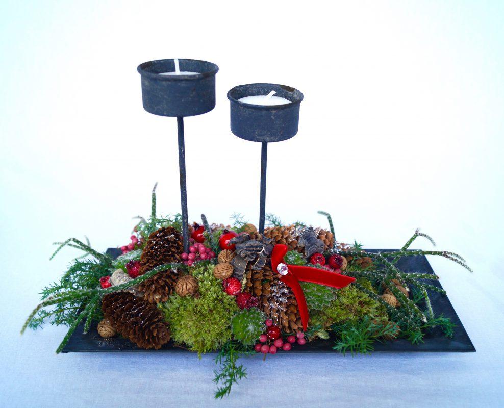 juledekoration med fyrfadslys